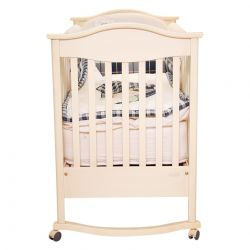 Portable Crib with Gingham Set of Bumper, Cover, Jersey Blanket and Sheet
