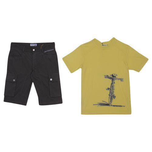 Trussardi T-Shirt & Shorts - Yellow
