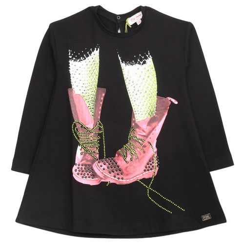 Black Sweater with Pink Shoes Design