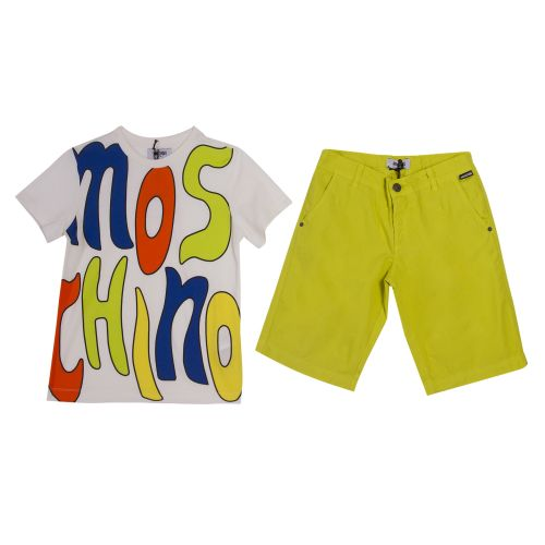 Moschino T-Shirt & Shorts